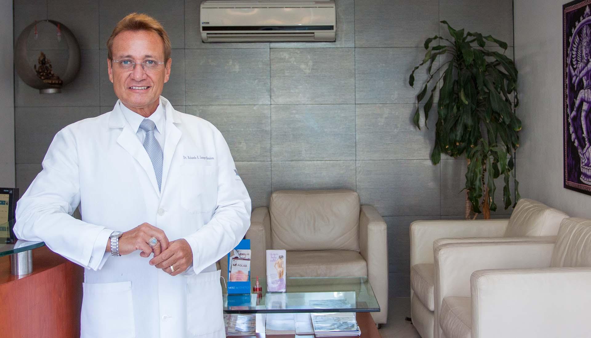 Doctor Rolando Samper